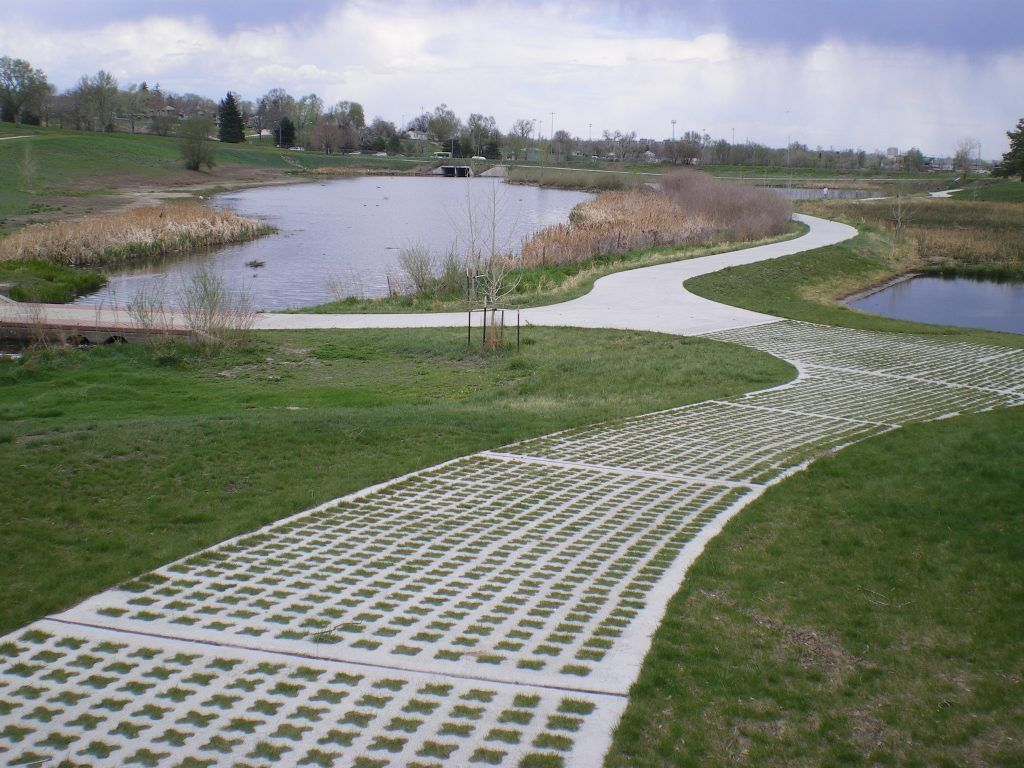 Denver Parks and Recreation was in need of a pervious, grassed pavement system for maintenance access to the Barnum Wetlands Forebay and chose Grasscrete by Bomanite to provide stability to the area, while maintaining function, and preserving the scenic landscape.