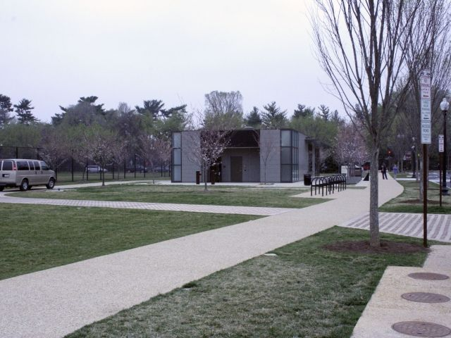 Dr. Martin Luther King Jr. Memorial - Partially Concealed Grasscrete Access Road