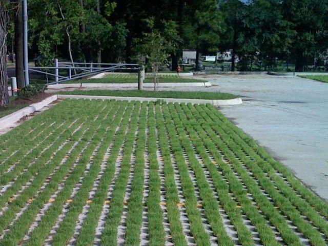 LA Army National Guard - Grasscrete Parking Lot