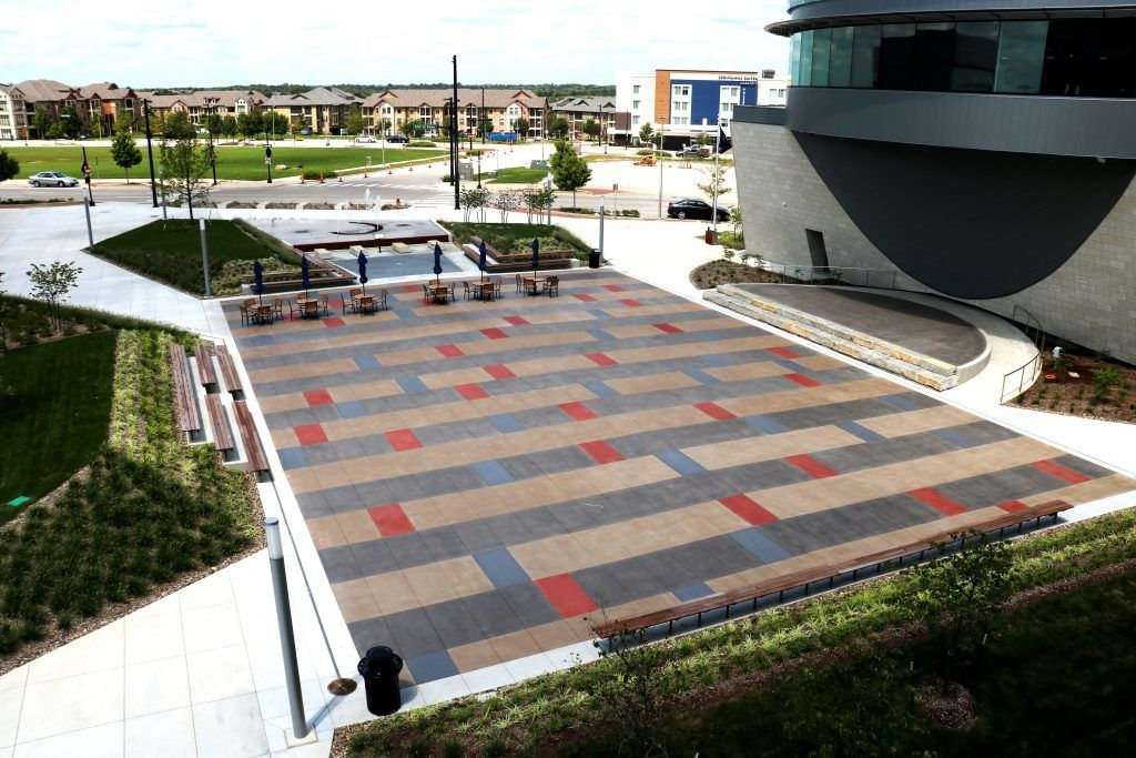 Lenexa Civic Center in Lenexa, KS is a beautiful project and exhibits the potential and beauty of quality decorative concrete using Bomanite Exposed Aggregate Systems with Bomanite Alloy.